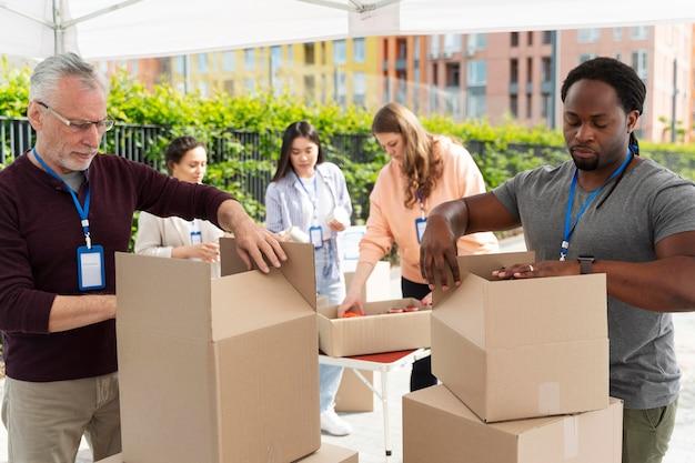 Liefdadigheid voedselbank vrijwilligersgroep Gratis Foto