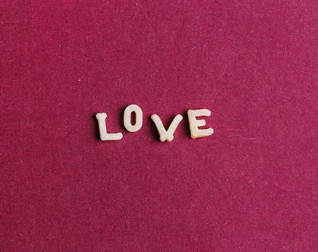 Liefde gemaakt met pasta letters