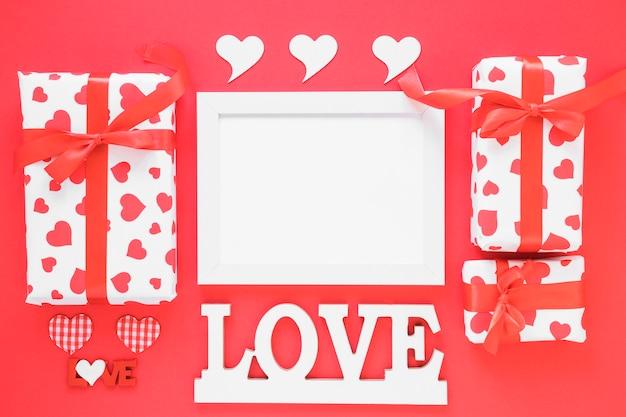 Liefde inscriptie met leeg frame
