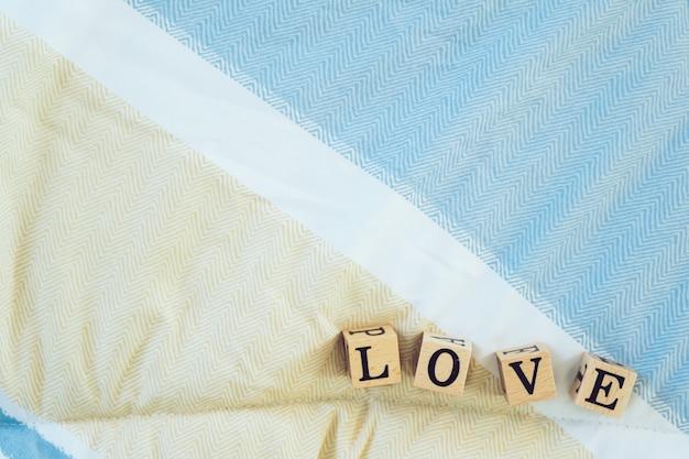 Liefde letters op bed