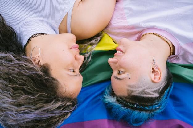 Liefde zonder grenzen van geslacht of huidskleur.