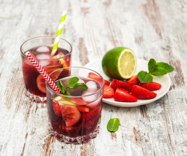 Limonade met srtawberries