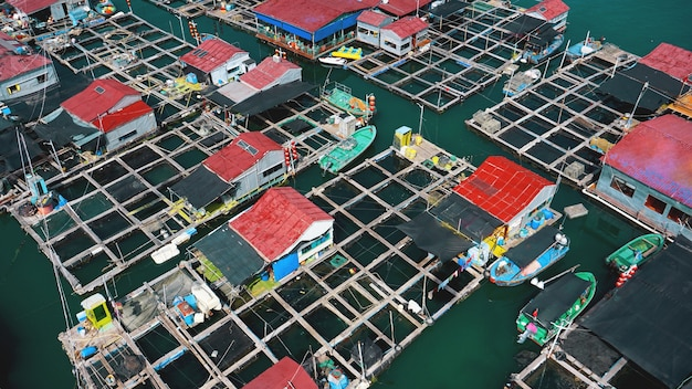Linshui, hainan, china vissersdorp - uitzicht van bovenaf