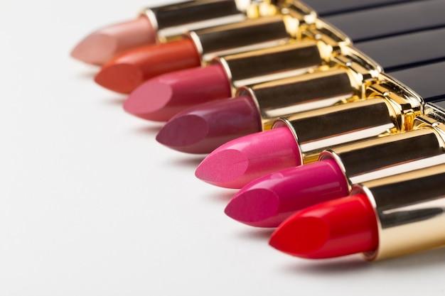 Lippenstiften onder hoge hoek