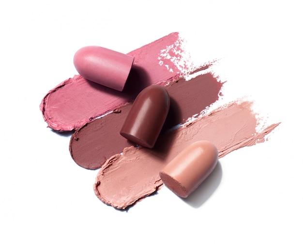 Lipsticks uitstrijkje op witte achtergrond