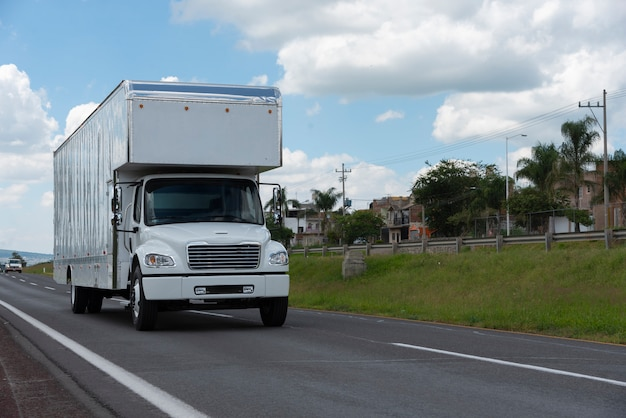 Logistieke vrachtvrachtwagen