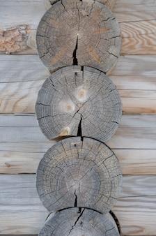 Logs hoek houten frame. vooraanzicht