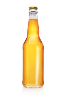 Longneck bierfles geïsoleerd. transparant, zonder etiket.