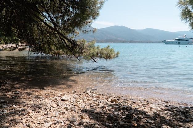 Love bay op poros eiland, griekenland
