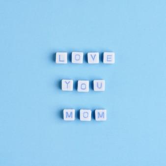Love you mom kralen bericht typografie