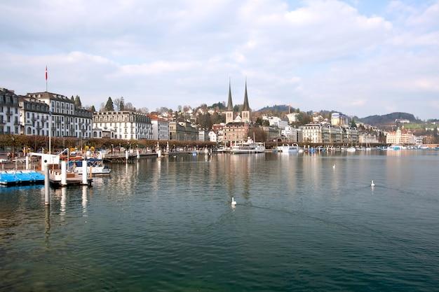 Lucern lake zwitserland