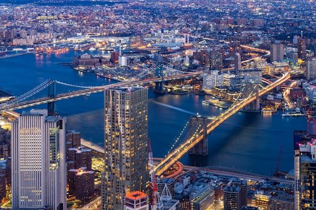 Luchtbrug brooklyn en manhattan new york