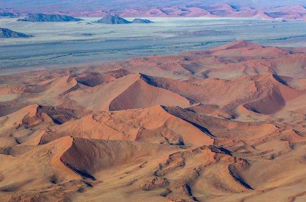 Luchtfoto duinen van sossusvlei namib-naukluft national park