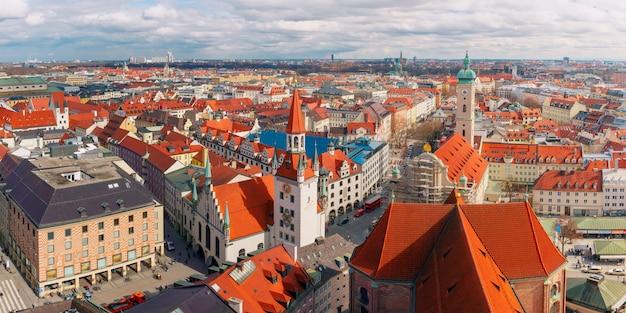Luchtfoto panoramisch uitzicht op de oude stad, münchen, duitsland
