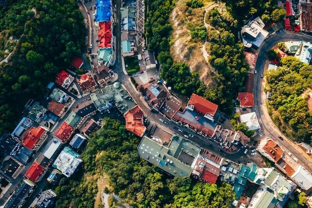 Luchtfoto panoramisch zicht op de andreevsky-afdaling