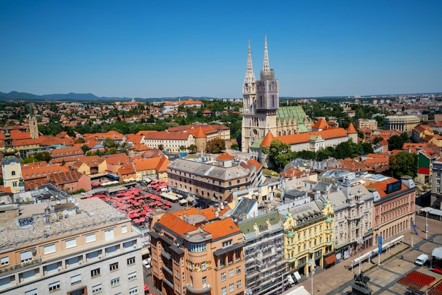 Luchtfoto stad zagreb, hoofdstad van kroatië.