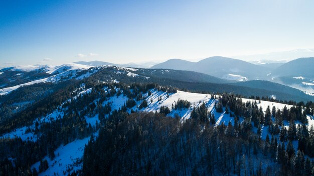 Luchtfoto van een prachtig betoverend landschap