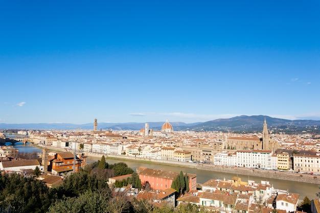 Luchtfoto van florence. kathedraal van florence en koepel van brunelleschi. italiaans monument, toscane