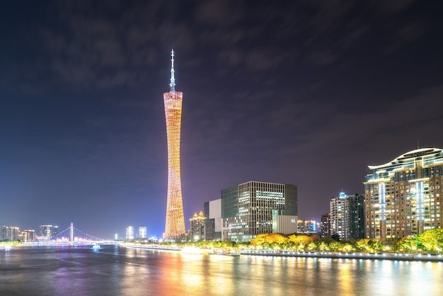 Luchtfoto van guangzhou pearl river night cruise