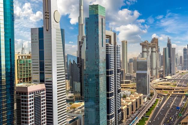 Luchtfoto van het centrum van dubai, verenigde arabische emiraten