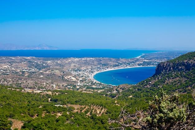 Luchtfoto van het kleine en mooie eiland kos