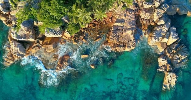 Luchtfoto van het tropische eiland seychellen