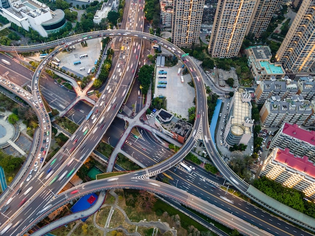 Luchtfoto van het viaduct van de stedelijke weg in fuzhou, china