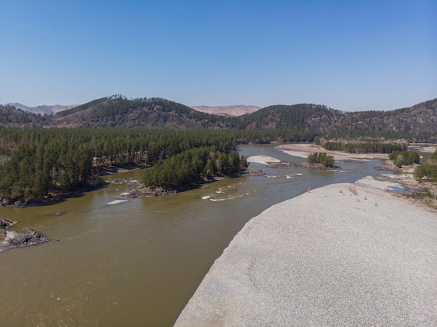 Luchtfoto van katun rivier