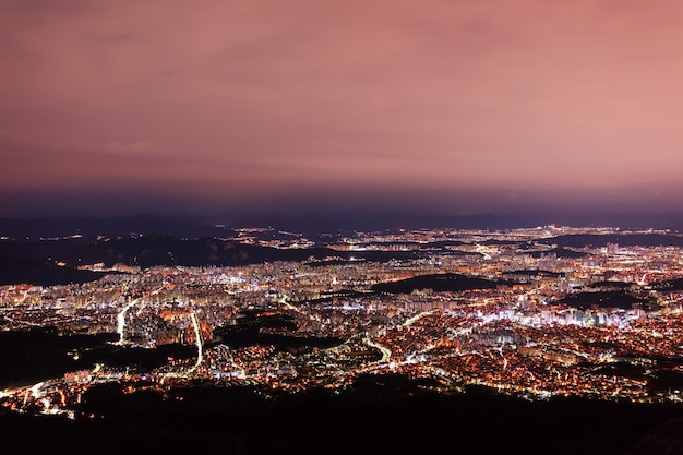 Luchtfoto van seoul zuid-korea 's nachts