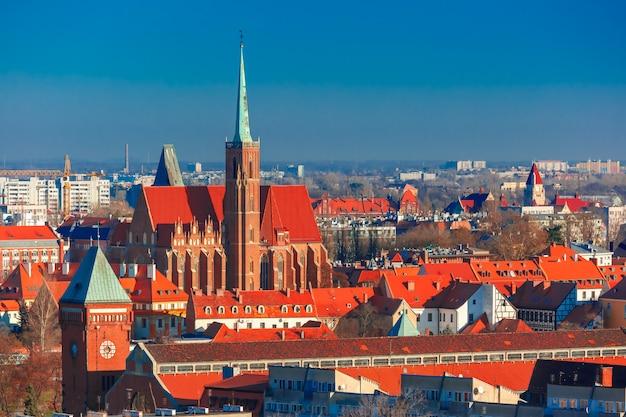 Luchtfoto van wroclaw in de ochtend