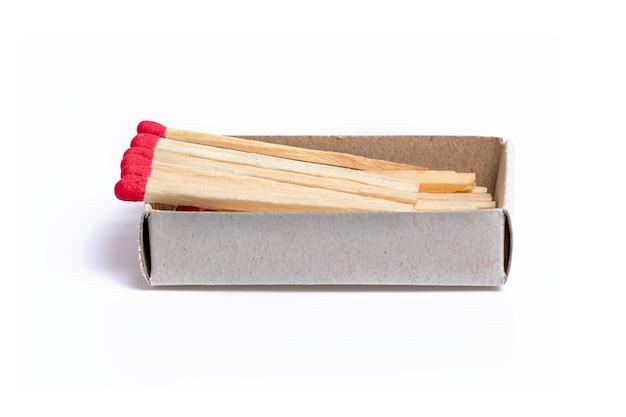 Lucifers in een doos met roodgrijs