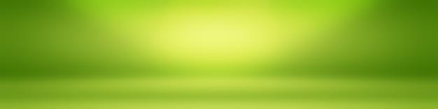 Luxe effen groene gradiënt abstracte studio achtergrond lege ruimte met ruimte voor uw tekst en afbeelding.