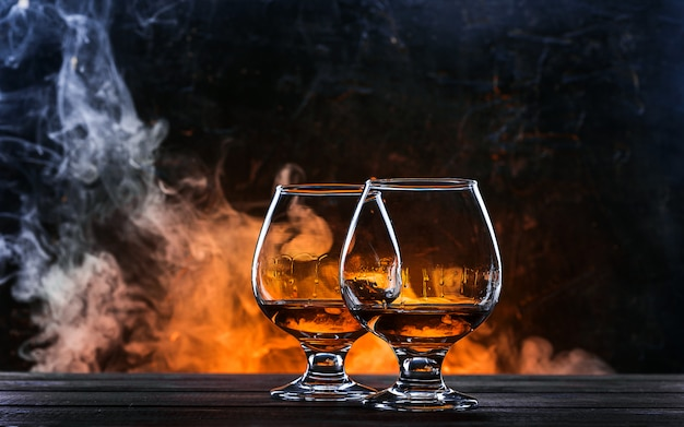 Luxe en dure franse cognac in een glas
