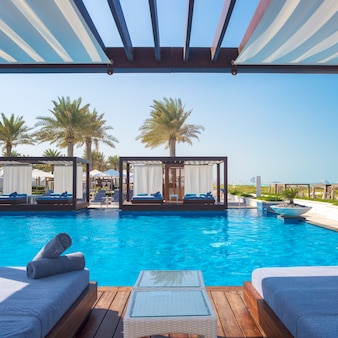 Luxe plaats resort en spa op het strand