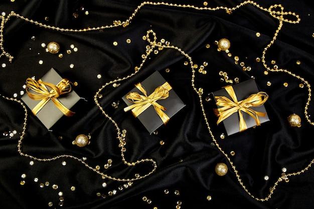 Luxe zwarte geschenkdozen met gouden lint
