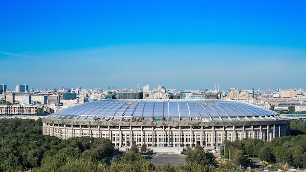 Luzhniki stadion bij mussenheuvels in moskou rusland