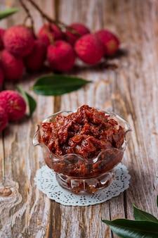 Lychee fruit jam heerlijk dessert voor ontbijt, thais eten.