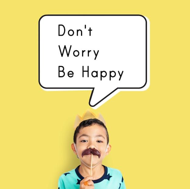 Maak je geen zorgen wees een vrolijke houding vrolijk ontspannen
