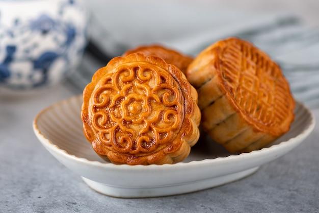 Maancake, chinees traditioneel gebak, selectieve focus