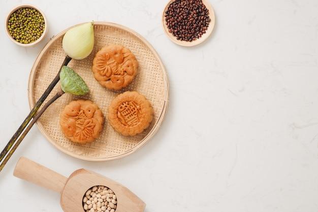 Maancake traditionele cake van vietnamees - chinees midherfstfestivalvoedsel
