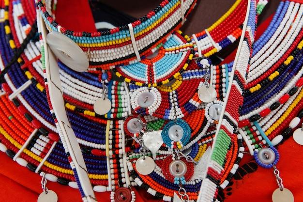 Maasai handgemaakte sieraden en etnische decoratie