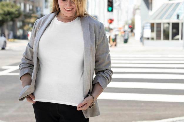 Maat inclusief t-shirt zakelijke dameskleding met ontwerpruimte