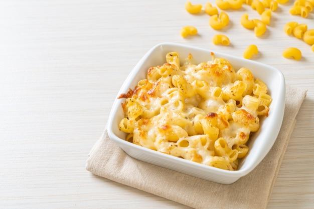 Mac en kaas, macaroni pasta in kaassaus - amerikaanse stijl