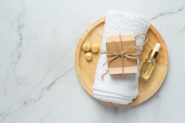 Macadamia zeep huidverzorgingsbehandeling