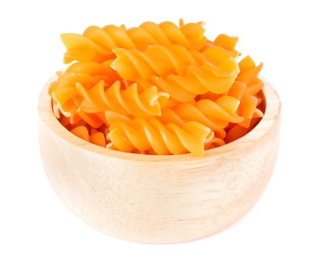 Macaroni op een wit
