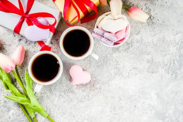 Macaronkoekjes van de dag van de valentijnskaart