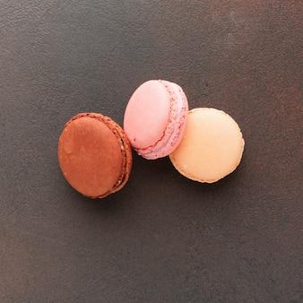 Macarons in dichte omhooggaand geplaatst