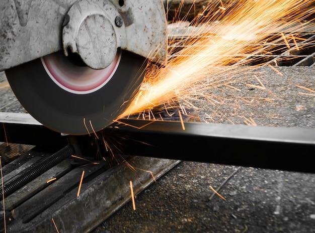 Machines voor het snijden van metaal