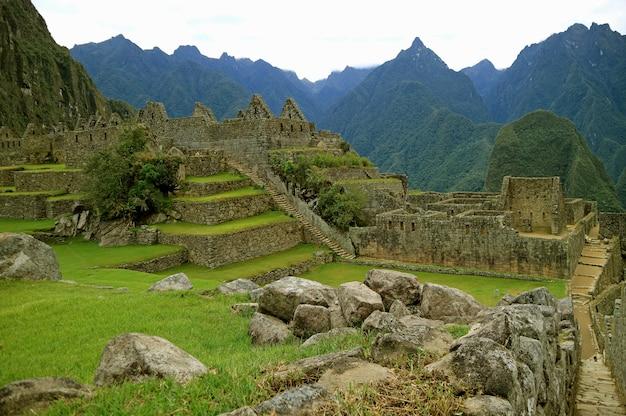Machu picchu inca citadel in de provincie urubamba, cusco, peru