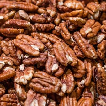 Macro-opname van walnoten in de winkel